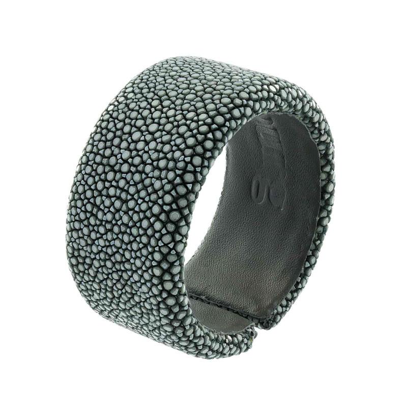 Gray shagreen bracelet