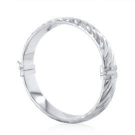 Striated bangle bracelet