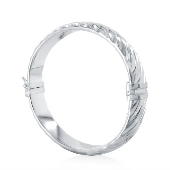 Striated bangle bracelet