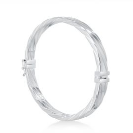 Striated flat bangle bracelet